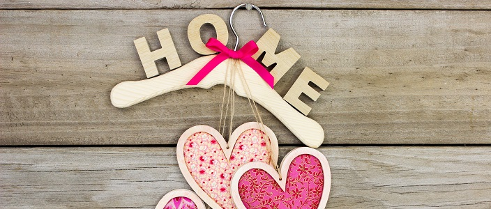 8 Steps to a Romantic Valentine's Day at Home!